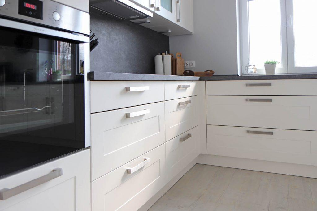Wohnung Diekkier -Diese Küche lädt zum Kochen und Genießen ein